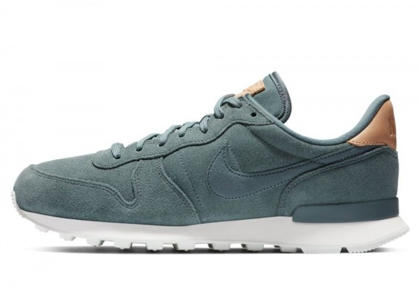 Nike Internationalist 828404 303